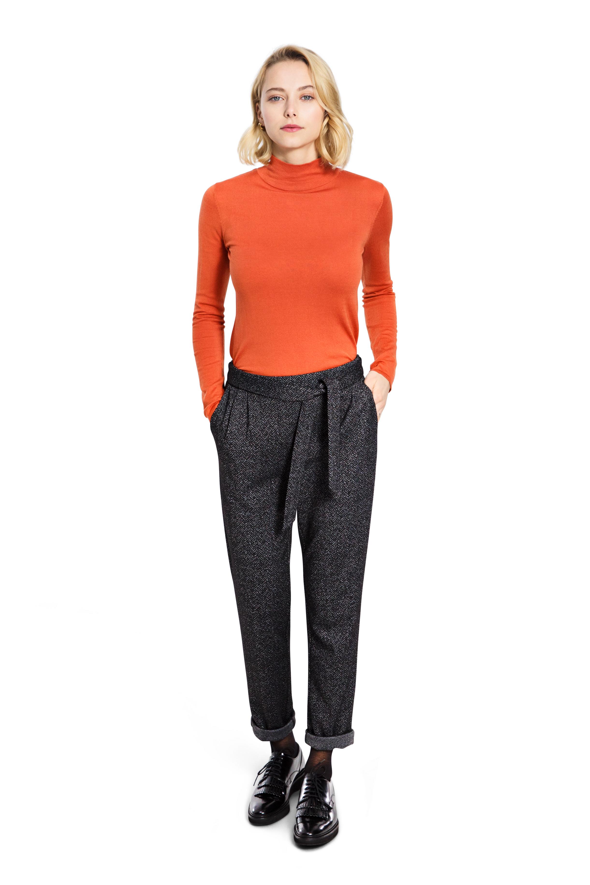 Женские брюки UNQ